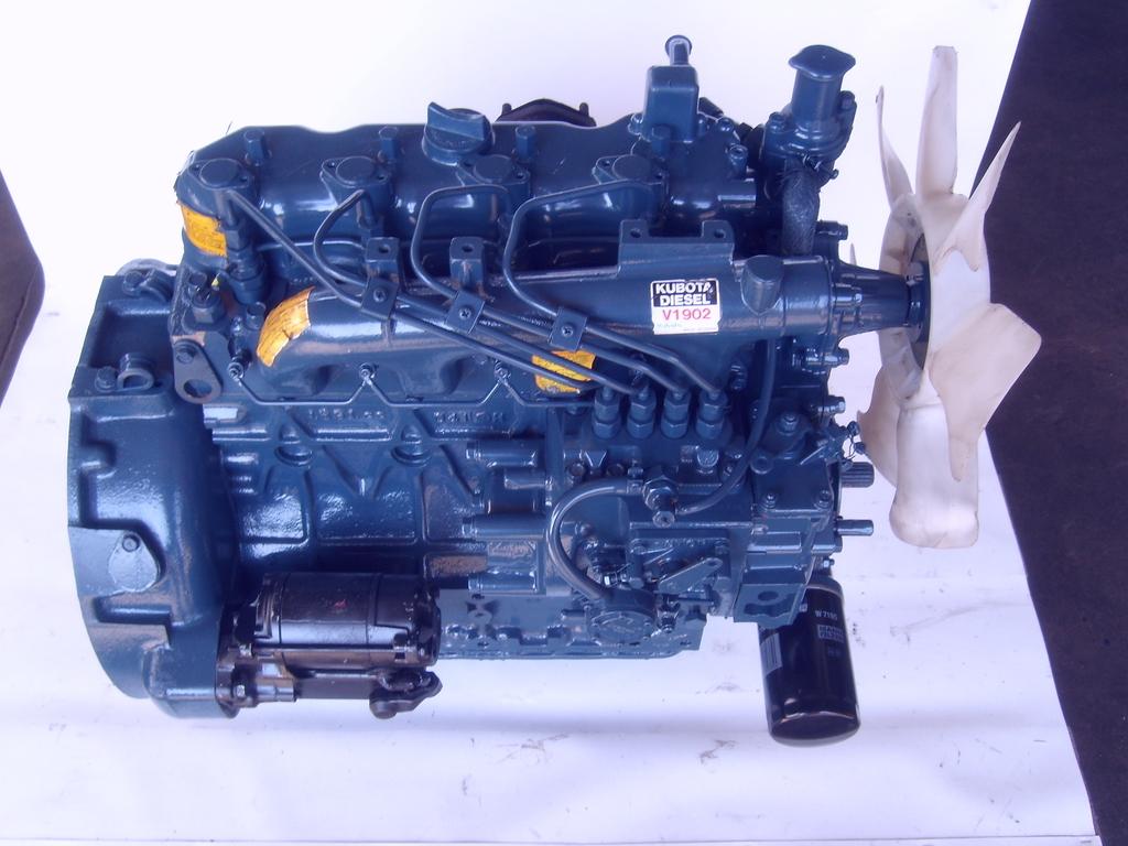 KUBOTA V1902